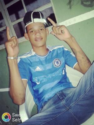 Henrique dos Santos, 17 anos,  vítima do crime.